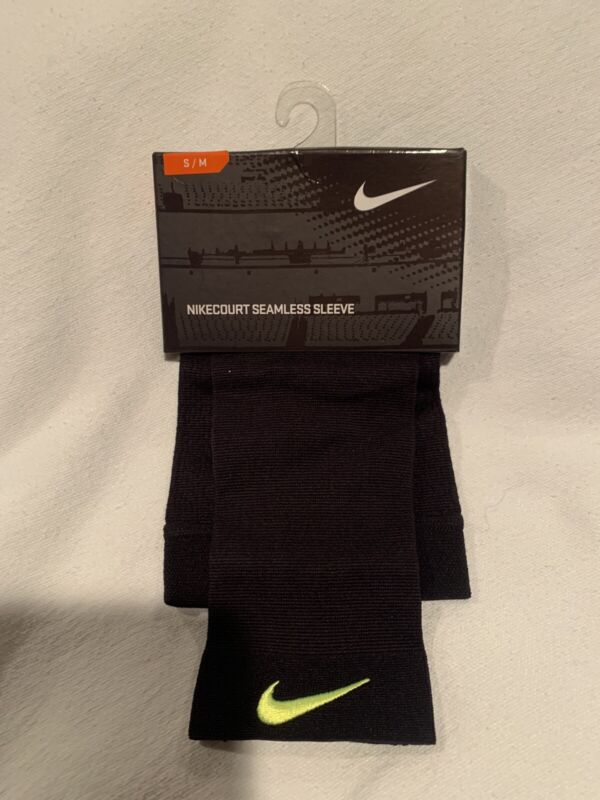 NEW Nikecourt Seamless Sleeve Size S/M Knit Comfort Thermal Compression Black