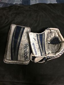 Reebok P4 QMJHL pro return gloves