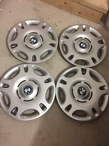 BMW OEM hubcaps in great condition