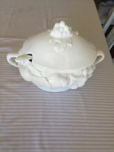 Beautiful White Tureen Pullenvale Brisbane North West Preview