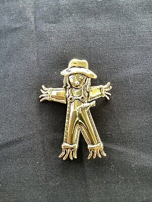 Vintage BEST Gold Tone Scarecrow Articulated Brooch Pin Pendant Halloween