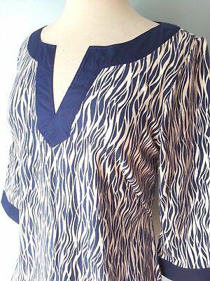 Ann Taylor Blue Animal Print Stretchy 3/4 Sleeve Top Blouse Women Petite L