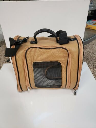 Pet carrier for small dog, cat or other animals