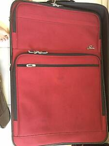 Suitcases large and Med still I good condition Kewarra Beach Cairns City Preview