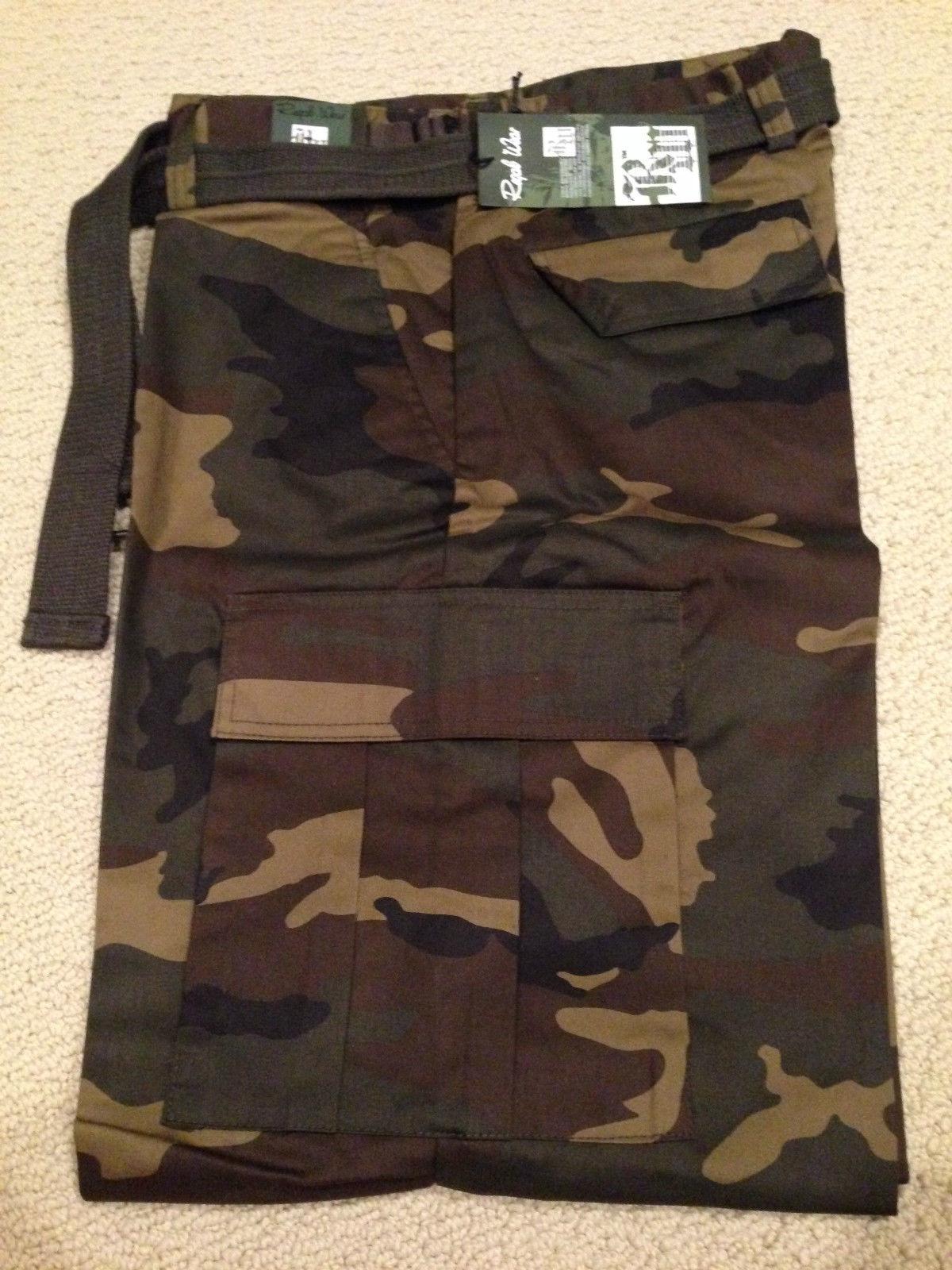 NWT Men's Regal Wear Green Camouflage Camo Belt Cargo Pants