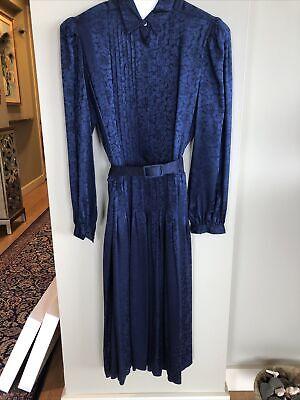 80s Dresses | Casual to Party Dresses Vintage 1980's Argenti Silk Dress, size 8 $19.00 AT vintagedancer.com