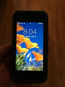 Unlocked iPhone 5c 16gb with Otterbox