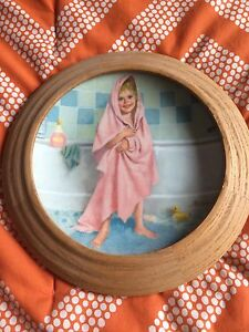 "Reco 1986 ""Tub Time"" collectors plate with wooden frame"