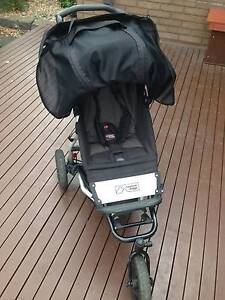 Mountain Buggy Swift  Pram with Storm Cover in good condition Glen Iris Boroondara Area Preview