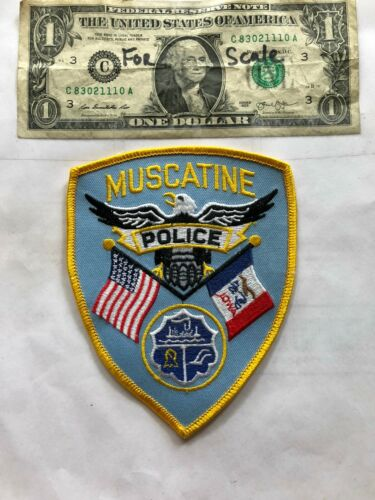 Muscatine Iowa Police Patch Un-sewn in great shape