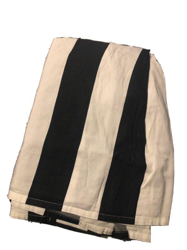 Pottery Barn Teen Emily & Merritt Circus Striped bedskirt full/queen Black/white