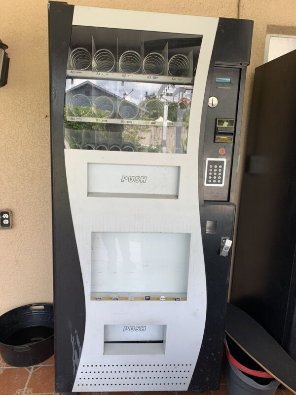 used combo vending machine Genesis G-380