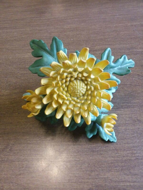 Lenox Yellow Flower