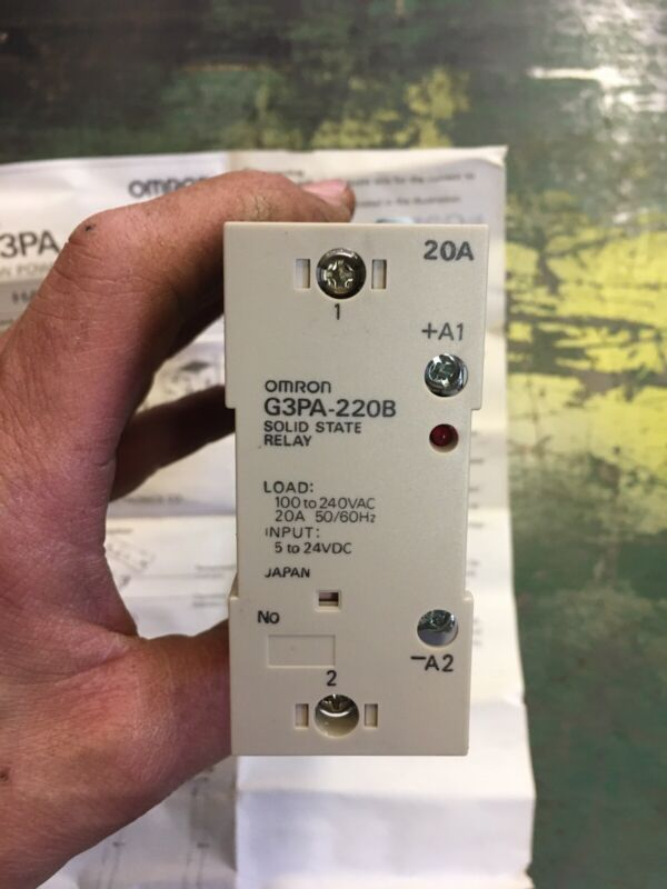 OMRON G3PA-220B RELAY
