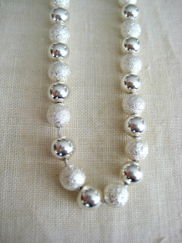 """ESTATE GORGEOUS BOLD STERLING SILVER NECKLACE 28.2 GR LENGTH 21"""" HAND MADE BEADS"""