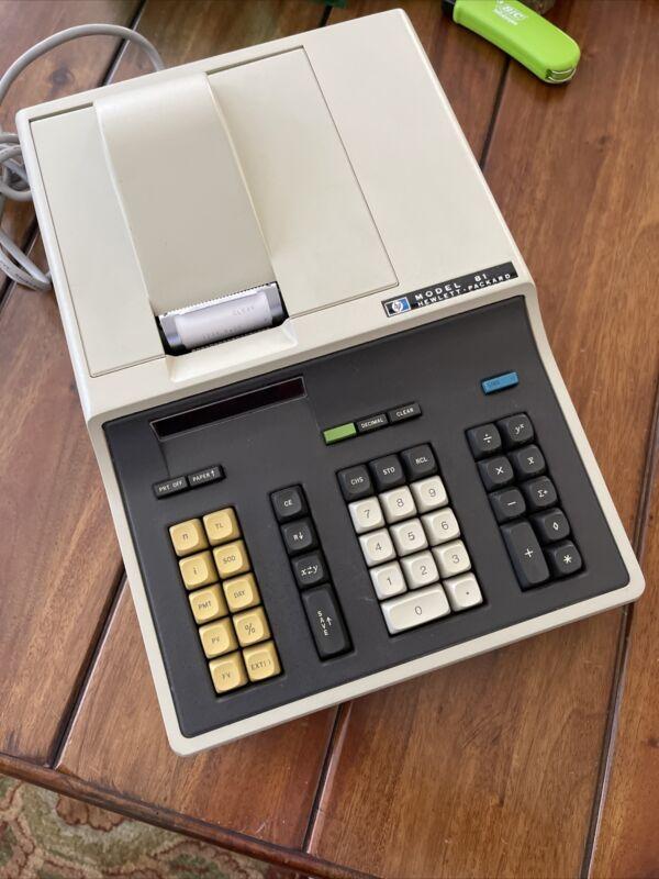 Hewlett Packard Model 81 Desktop Calculator Rare