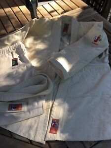 Kimono de judo et arts martiaux
