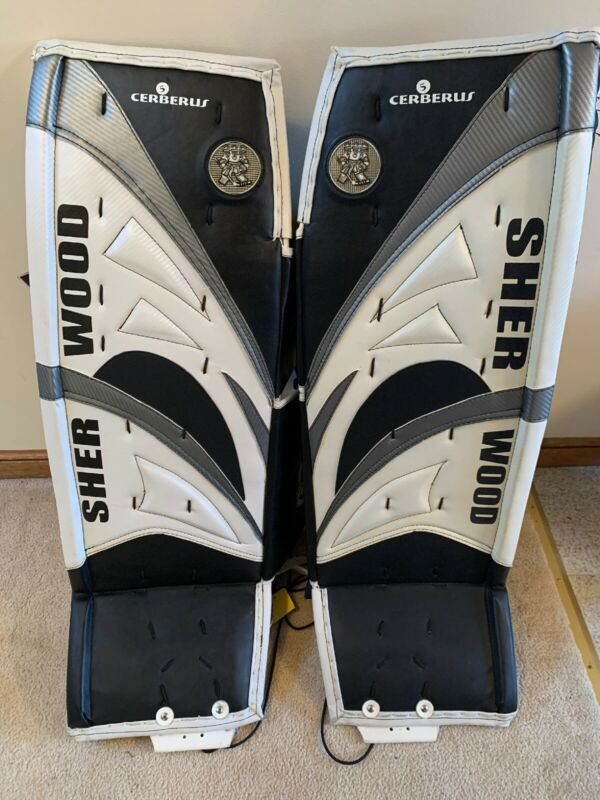 "Sherwood Cerberus 5 Sr 36"" Goalie Leg Pads Black/ White/ Silver"