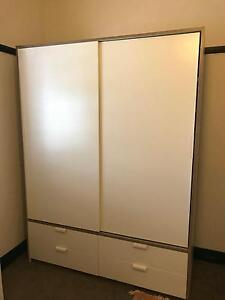 Double Wardrobe - with sliding doors/4 drawers, white Concord Canada Bay Area Preview