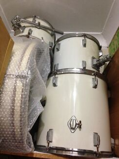 5pc Powerbeat White Drum Kit - perfect for beginners Newcastle 2300 Newcastle Area Preview