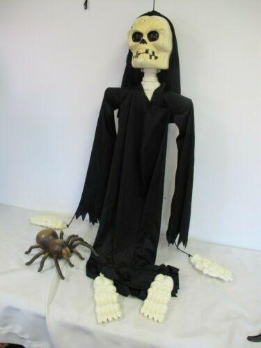 EASTERN UNLIMITED HALLOWEEN SKELETON GRIM REAPER  ANIMATED LIGHTED EYES & SPIDER