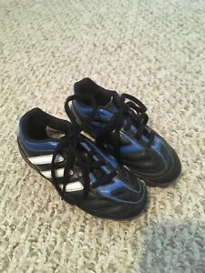 Soccer Shoes (assorted size)