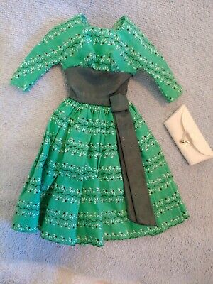 VINTAGE BARBIE SWINGIN EASY DRESS 955 GREEN FLORAL PRINT DRESS REPAIRED