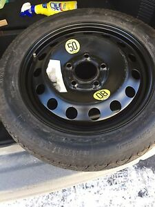 Continental Spare tire / Pneu de secours T115/90R16