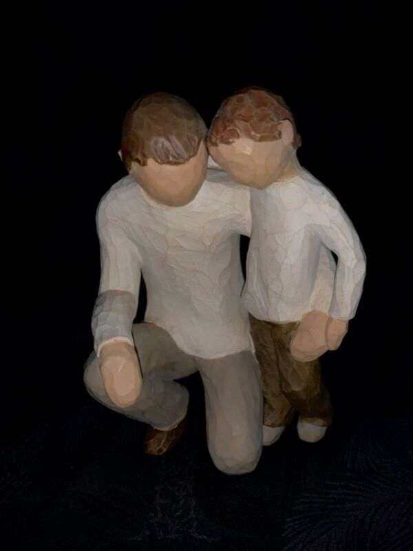 Willow Tree Father and Son unmarked, excellent condition keepsake figurine