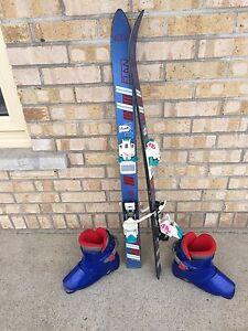 Ensemble ski alpin avec bottes