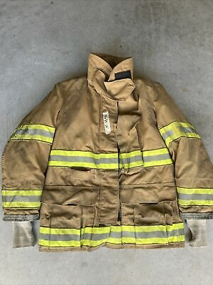 Firefighter Globe Turnout Bunker Coat 40x32 Gx-7 2004 No Cut Out