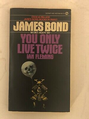 YOU ONLY LIVE TWICE Fleming Signet Paperback JAMES BOND, VG condition AE2108