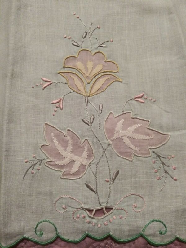 """Gorgeous Light Green Madeira Applique & Embroidered Linen Hand Towel 16"""" by 11"""""""