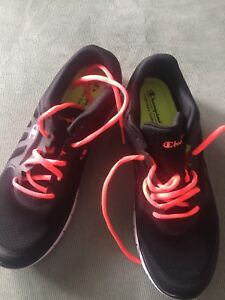 NEW!!! Size 10