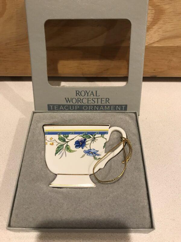 Royal Worcester  TEACUP Christmas ORNAMENT Pastorale 1992 Fine Bone China rare