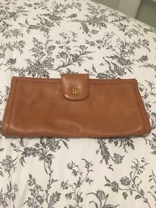 Vintage brown leather cluth