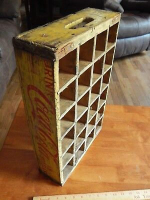1962 Drink COCA-COLA in Bottles [24 Slot] Soda Bottle Wood Crate Case Yellow/Red