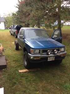 1992 Toyota pickup for parts, no box