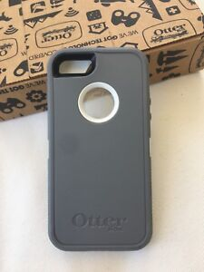 iPhone 5/5s Otterbox Defender Case Grey/White