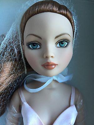 """Tonner Wilde Imagination Essential Ellowyne Redhead  16"""" Doll Complete NRFB 2006"""