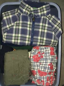Boy's Size 4T Clothing