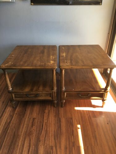 Henredon fine furniture*Pair End Tables*Very Good Condition*