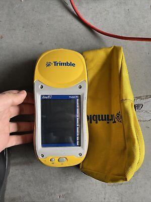 Trimble Pocket Pc Geoxt 50950-20 Handheld Gps Pocketpc W Case Untested No Cord