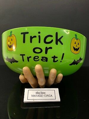 SECRET SCARE GRAB GLOVE Hand CANDY BOWL Not Animated Halloween Spook House - Halloween Hand Candy Bowl