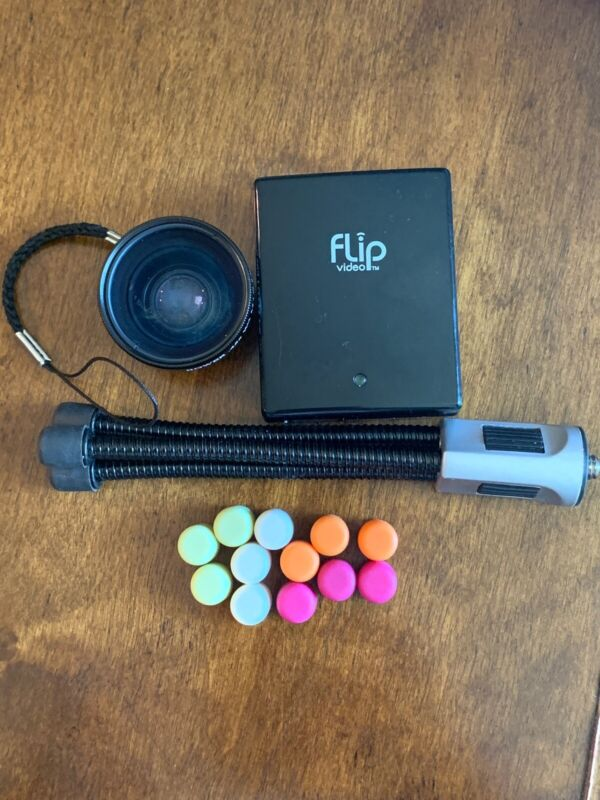 Lot of 3 Flip Video Accessories~/Power adapter/wide angle lens & tripod EUC