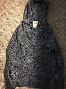 Men's Abercrombie & fitch sweater