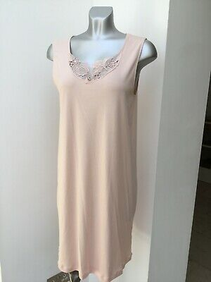 New Hanro Nightdress Flora Size Small ( UK 10-12) Colour Easy Rose