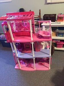 Barbie Dream house NEW PRICE