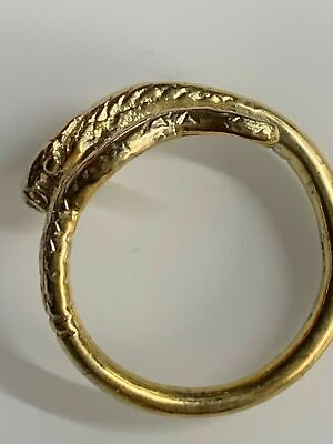 BRITISH MUSEUM BEAUTIFULLY CRAFTED REPLICA OF EGYTPIAN SERPENT'S HEAD RING