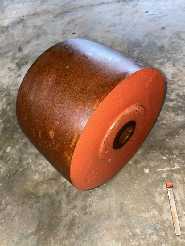 IHC International La Lb gas engine pulley